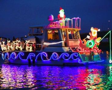 The Bubinga, featuring reindeer, Santa Claus and an evil Grinch.
